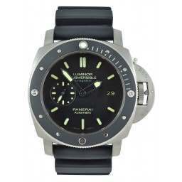Very Rare Panerai Luminor Submersible 1950 3 Days PAM00389